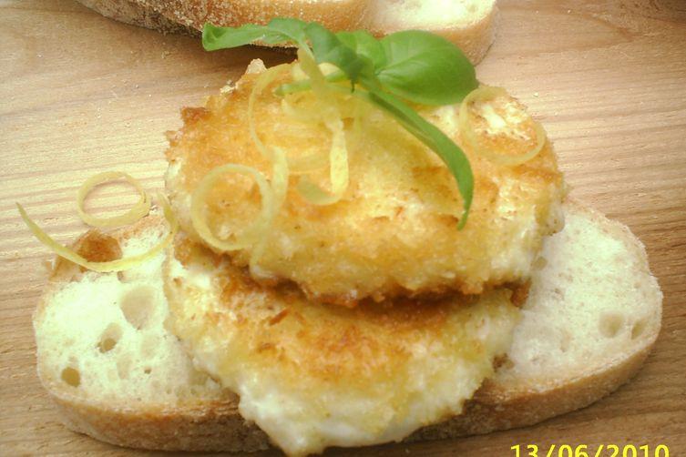 Mozzarella fritta con pesto limone