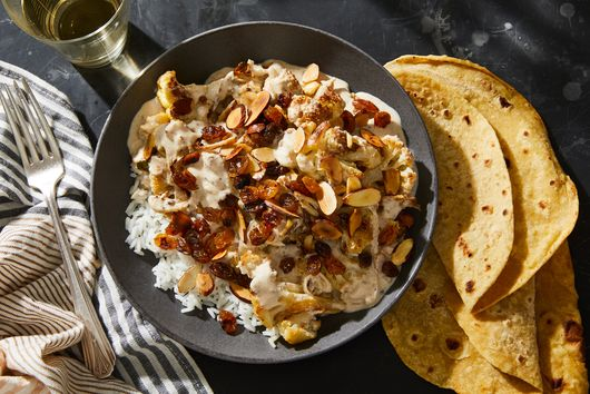 This Creamy, Cozy Indian Cauliflower Dish Is Peak Comfort Food