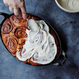 10 Recipes to Serve Mom In Bed