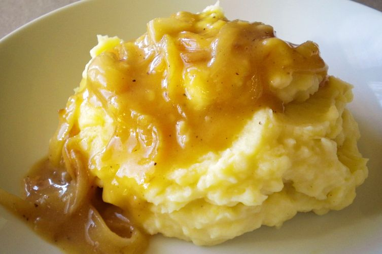Apple Mashed Potatoes with Caramelized Onion Cider Gravy