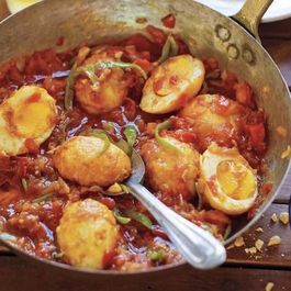 1ba0d87e b7b6 4b3b 8519 fa7777ad4043  20121016 226087 cook the book golden egg curry