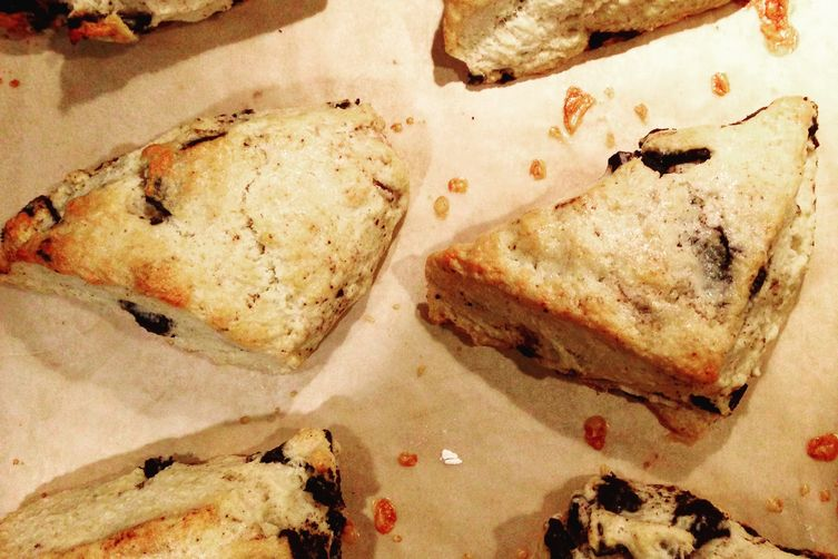 Cookies n' Cream Scones