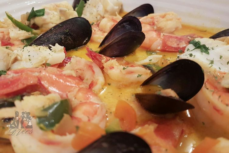 Brazilian fish stew 'Moqueca de Peixe'