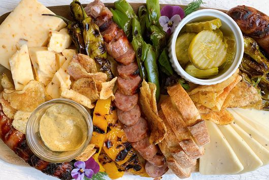 Hot Grill Summer Cheese Plate