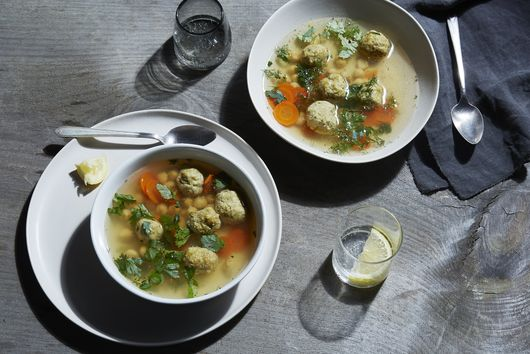 This Persian, Matzo Ball-ish Soup Has a Superpower or Three