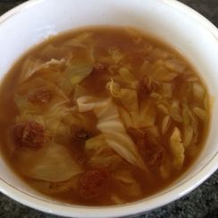 5-Ingredient Jewish Asian Cabbage Soup
