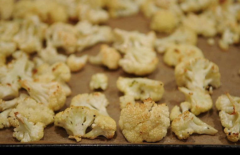 Roasted Cauliflower with Gremolata Breadcrumbs