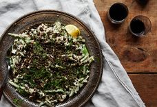 Green Beans and Mushrooms with Tehina, Lentils, and Garlic Chips