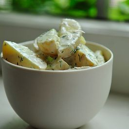 Horseradish Dill Potato Salad