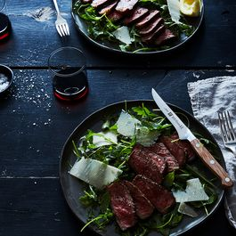 21b10b2b b08e 4117 987f bc10c6808905  2017 0426 steak with arugula lemon and parmesan james ransom 537