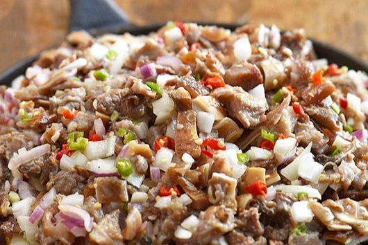 sisig (Filipino meat salad)