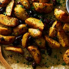 2435a2cd 62bd 4ffd ae57 930da6bf8f78  2018 0307 lemon roasted potatoes with kalamatas 3x2 james ransom 169