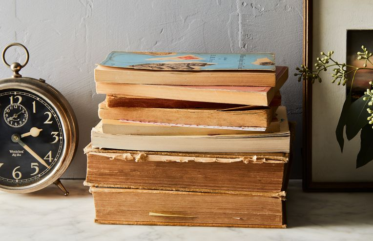 8 Creative Ways to Store Books (Even if You're Short on Space)