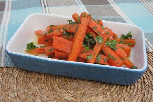 Italian Garlic & Carrot Salad