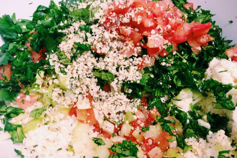 Raw Vegan Cauliflower Tabbouleh