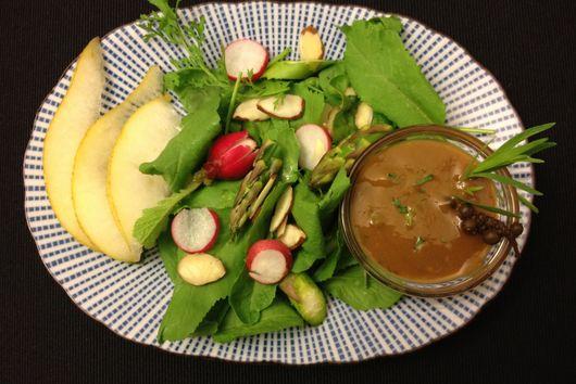 Mango Tarragon Vinaigrette with Pickled Green Peppercorns