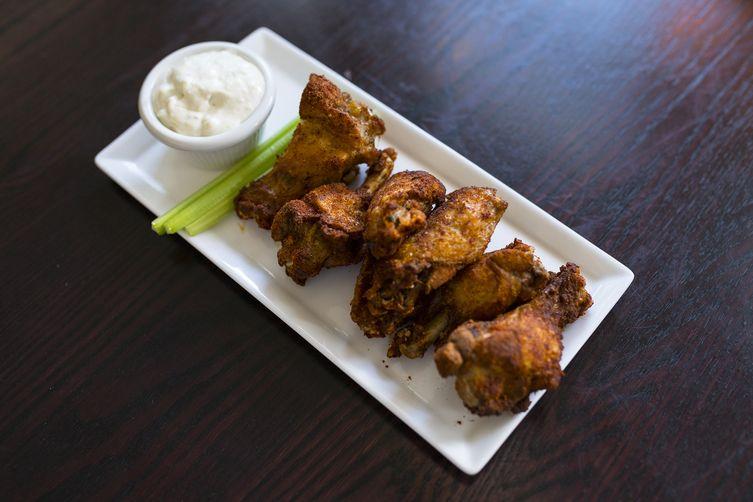 Dan Rooney's Garlic Rub Chicken Wings
