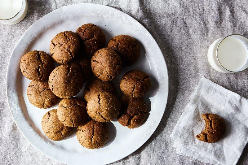 Karlie Kloss' Spicy Ginger Cookies