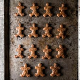 Stress-Free Vegan Holiday Gingerbread Cookies