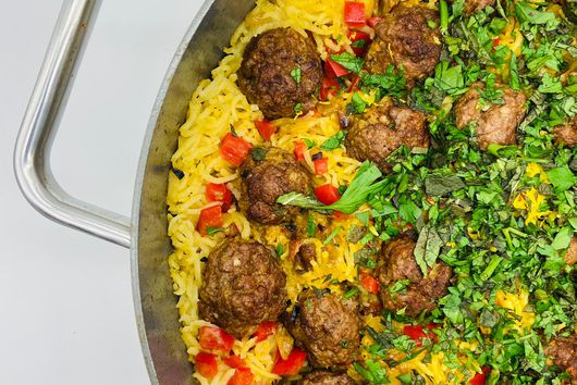 Saffron Rice Pilaf with Meatballs and Dates