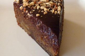 Caf2c059 f3bd 487a 92e2 9c49780be8dd  peanut butter and choc cake 3 med slice 2