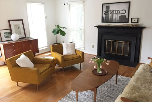 A North Carolina Living Room, 2 Ways (& Tips for Rearranging)