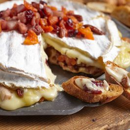 Baked Brie with Apples, Dates & Pears