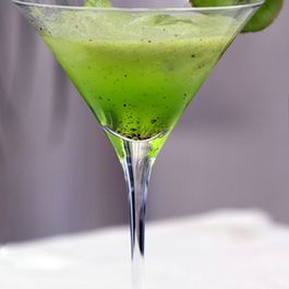 Kiwi summer cocktail
