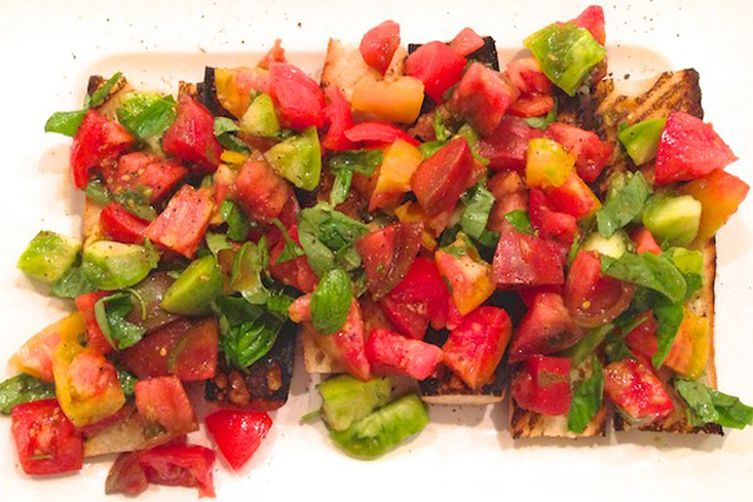 Heirloom Tomato Bruschetta with Basil