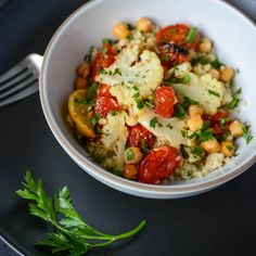 Roasted cauliflower, tomato and chickpea bowl