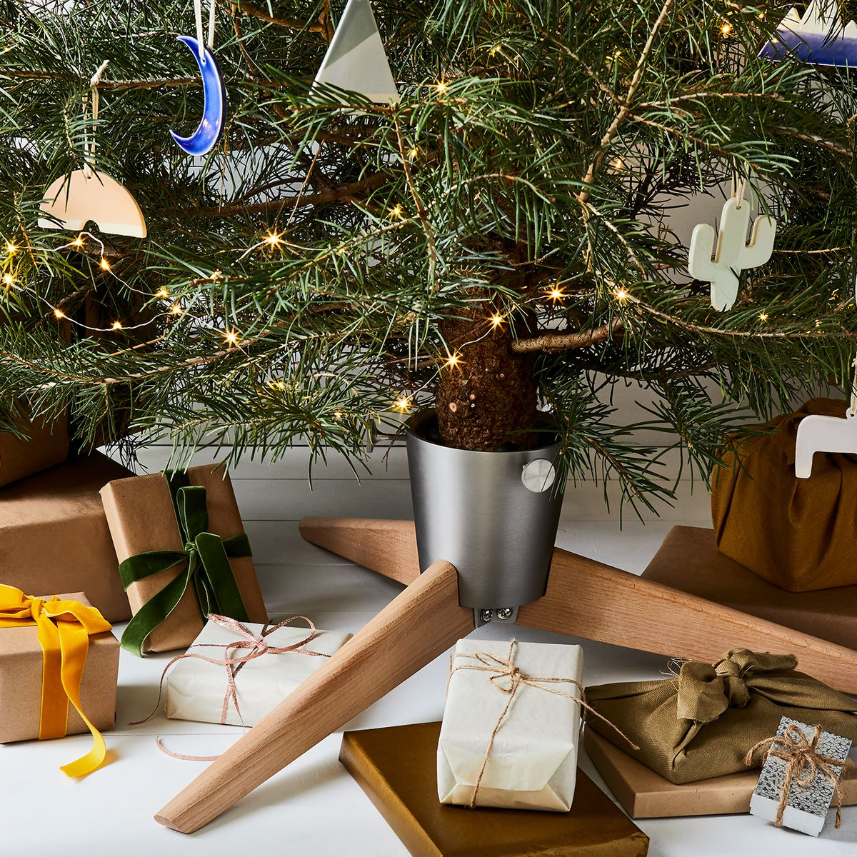 15 Easy Diy Christmas Ornament Ideas How To Make Holiday Ornaments