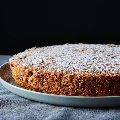 Pecan-Crusted Oat Flour Genoise