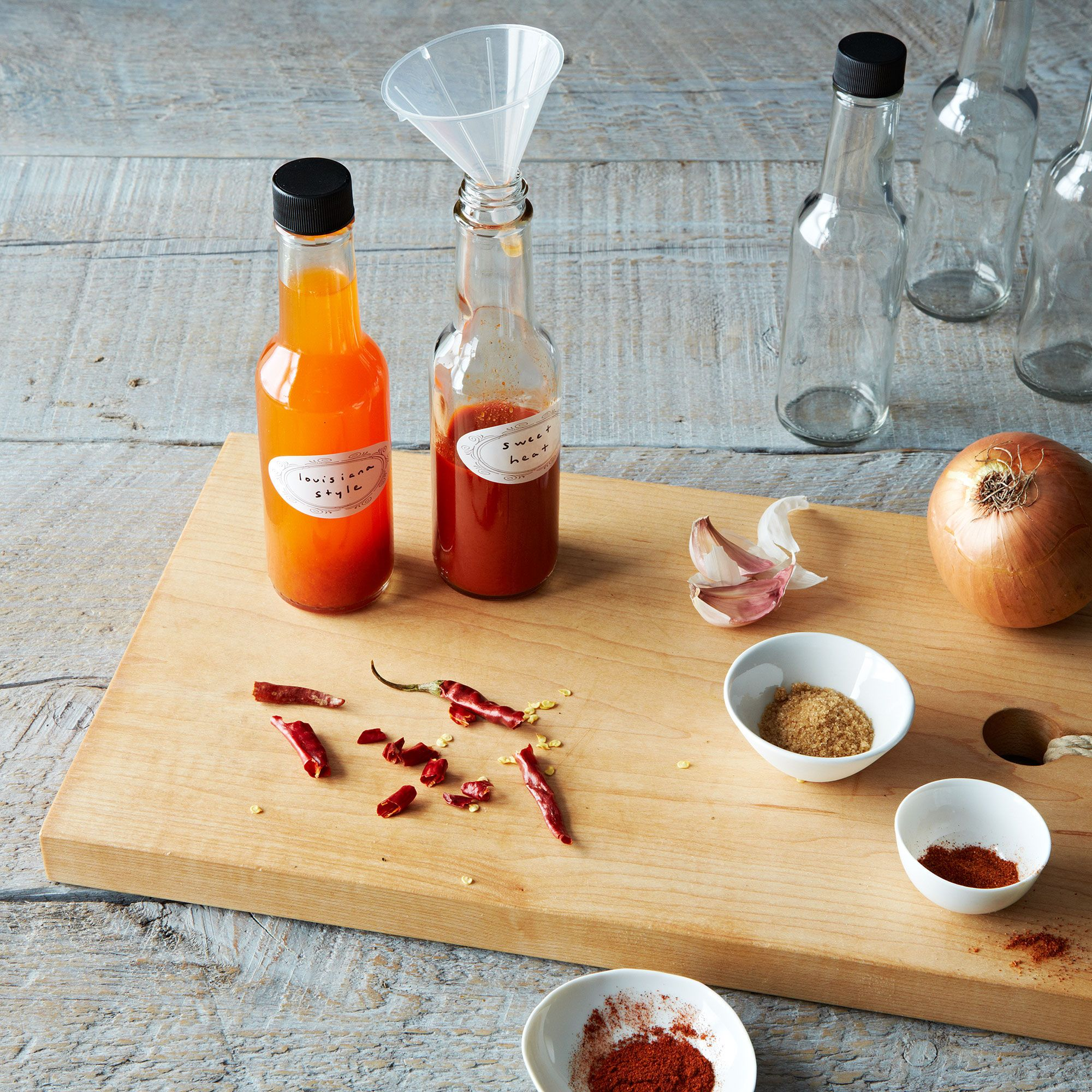 Diy deluxe hot sauce kit on food52 solutioingenieria Images