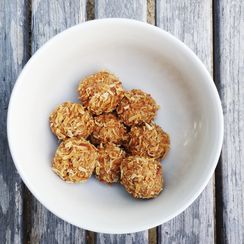 Cashew butter bites with toasted coconut & cardamom