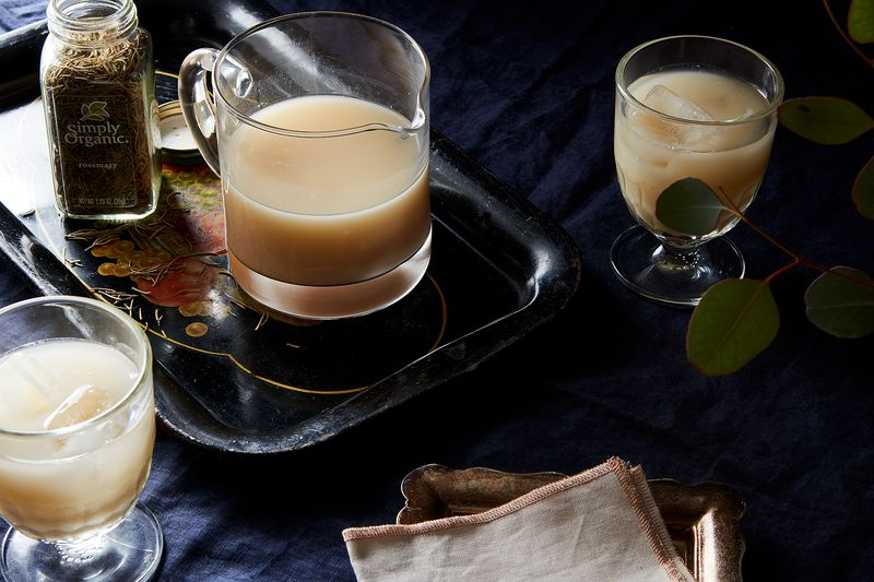 No, this milk punch is nothing like eggnog.