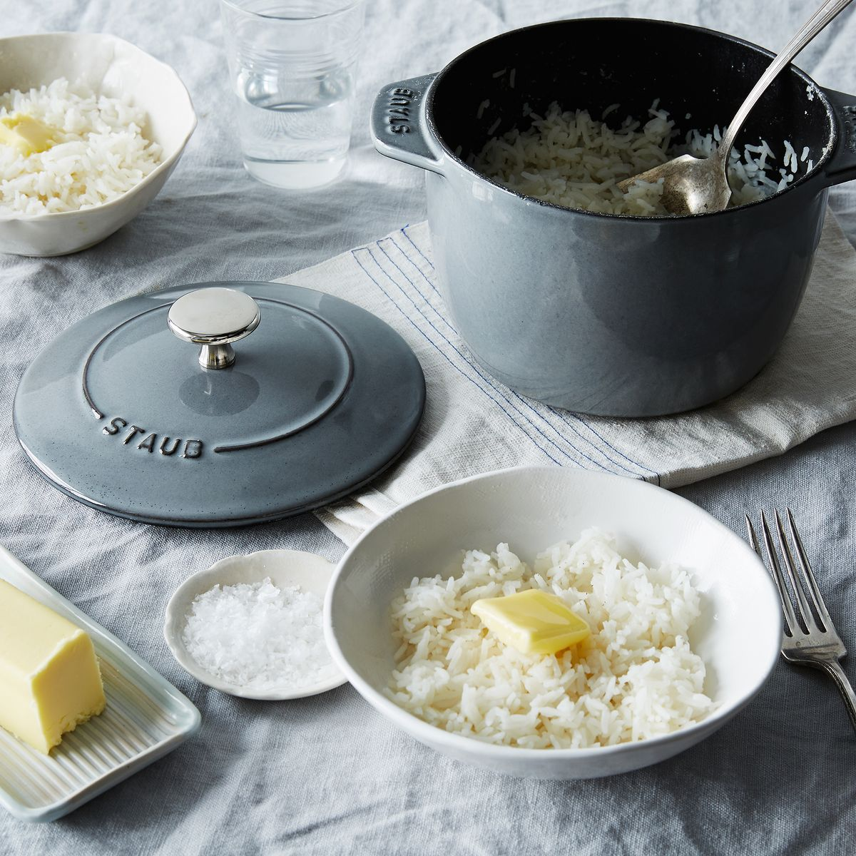 A Pot Designed To Make Perfectly Cooked Rice That Actually Does