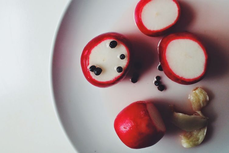 Pickled Radishes with Black Peppercorns