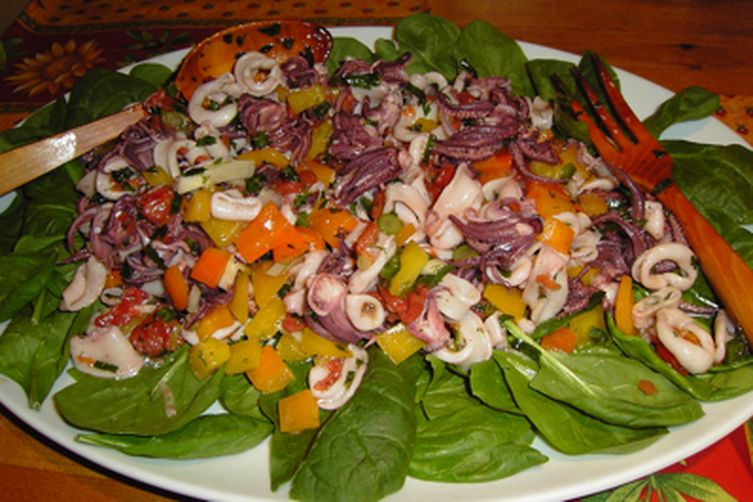 Marinated Squid Salad (Salade Calmars Marinée)