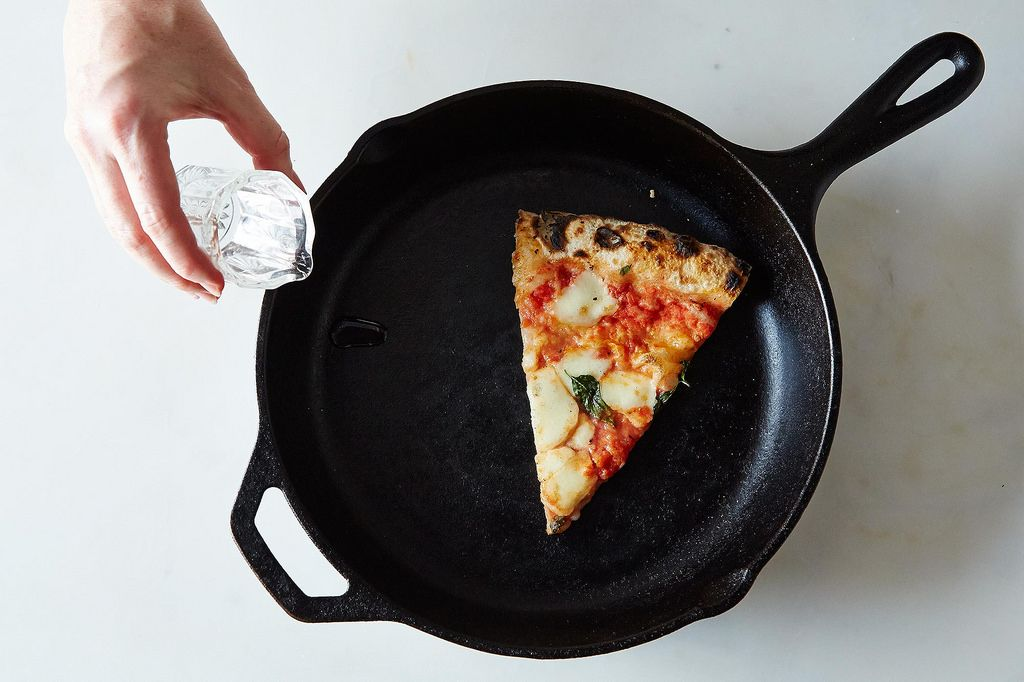 How To Reheat Pizza Best Ways To Heat Up Cold Leftover Pizza