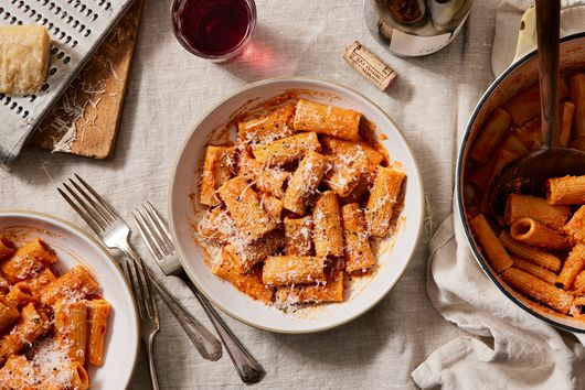 Rigatoni With Vodka Sauce