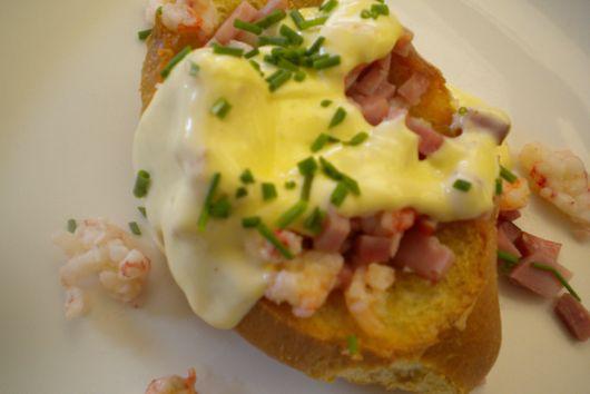 Baked Eggs Benedict in Crispy Bread Boats
