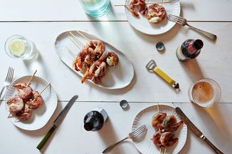 1b4eff2d-e672-4a8a-89a2-45b595514793.2015-0602_mint-prosciutto-grilled-shrimp_mark-weinberg_562