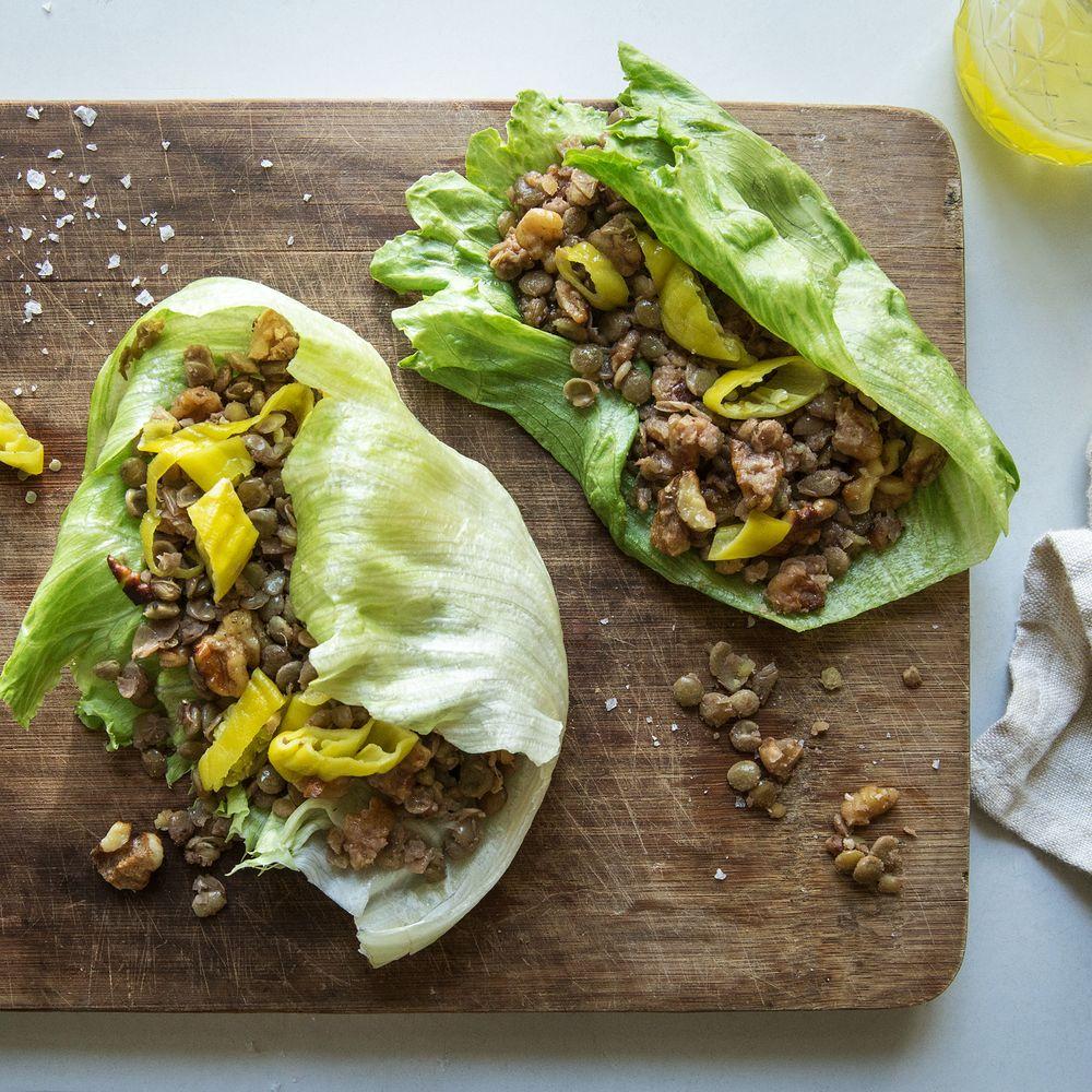 Walnuss-Linsen-Salat Wraps