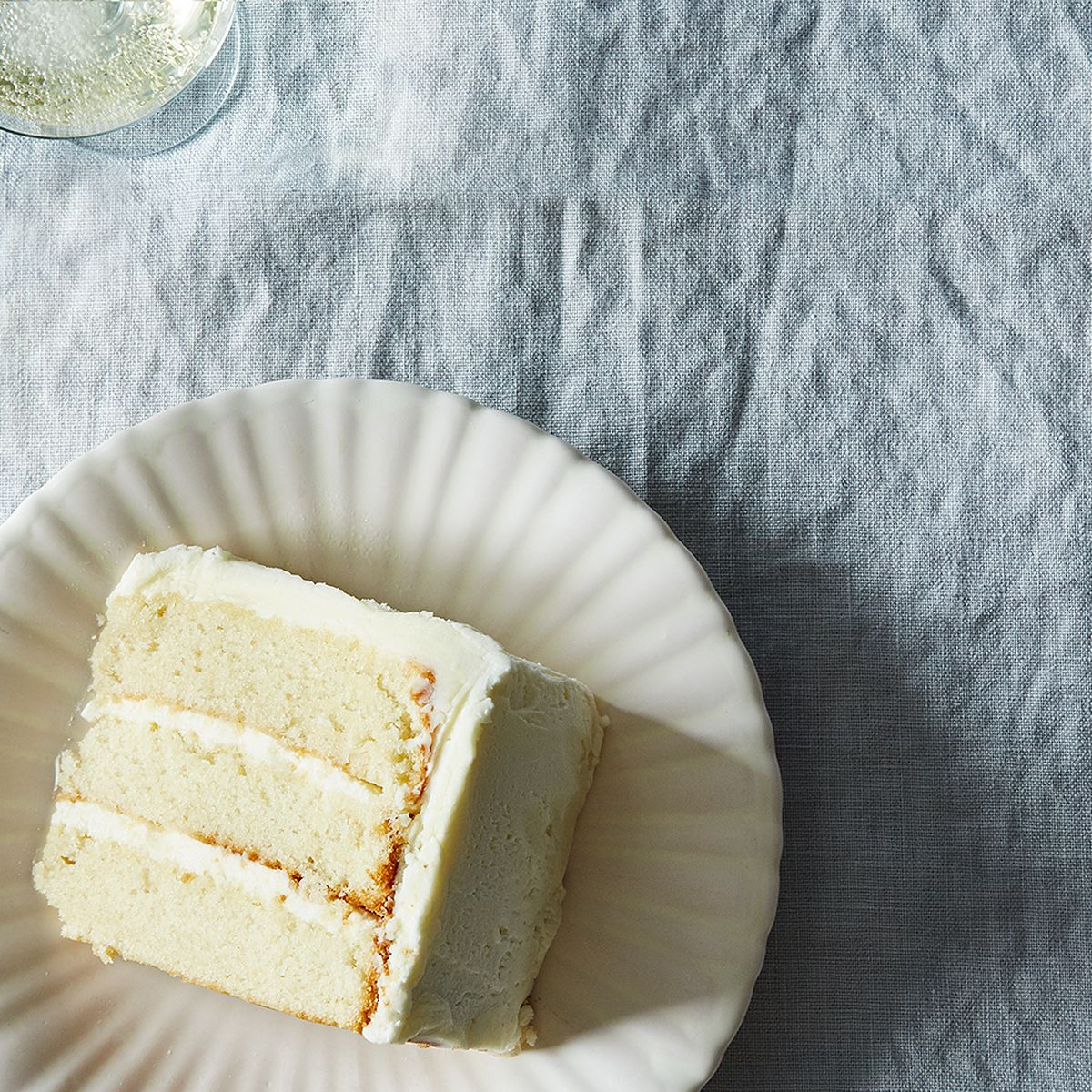 Wedding Cake Flavors.The Most Popular Wedding Cake Flavors By Decade