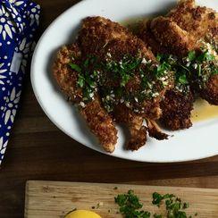 Crispy Chicken with Lemon-Garlic Sauce