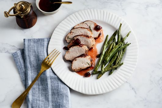 The Recipe Critic's Roasted Cranberry-Orange Pork Loin With Green Beans