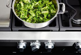 A Genius Dinner Party, Part 1: Broccoli Cooked Forever