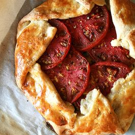 F3c8f683-5092-4409-8cc2-2753318a6578--tomato_and_gruy-re_cheese_galette