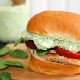 6f50a7f8-62bf-49a9-81ec-b4a1b11e0482--green_goddess_chicken_sandwiches2
