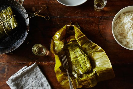 Fish with Green Masala and Coconut Wrapped in Banana Leaves